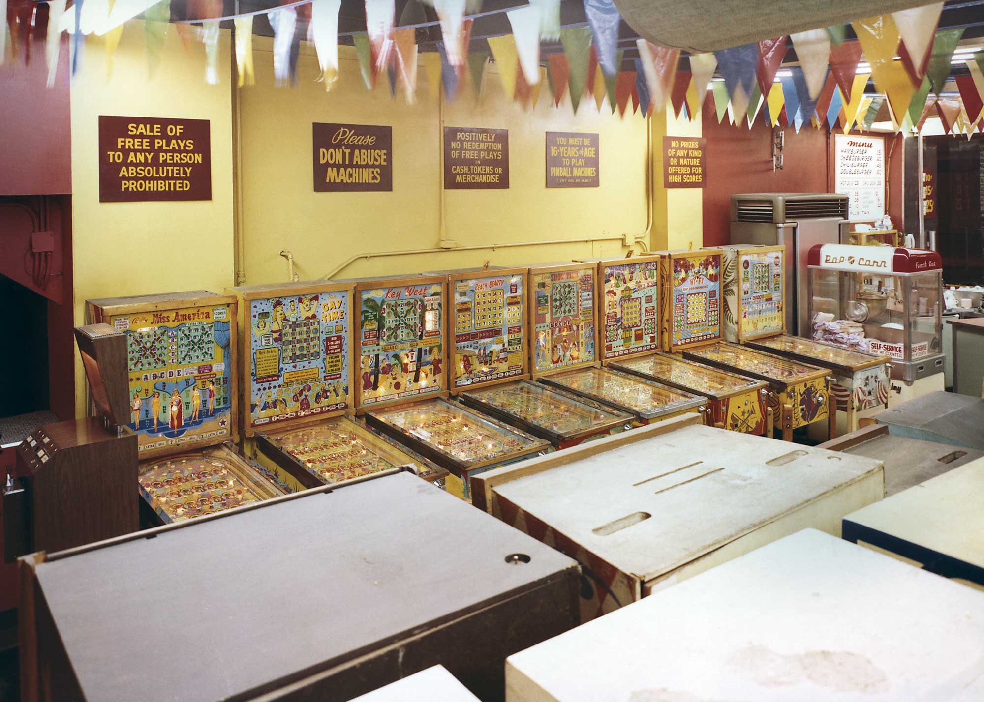 wonderland-arcade-9.jpg