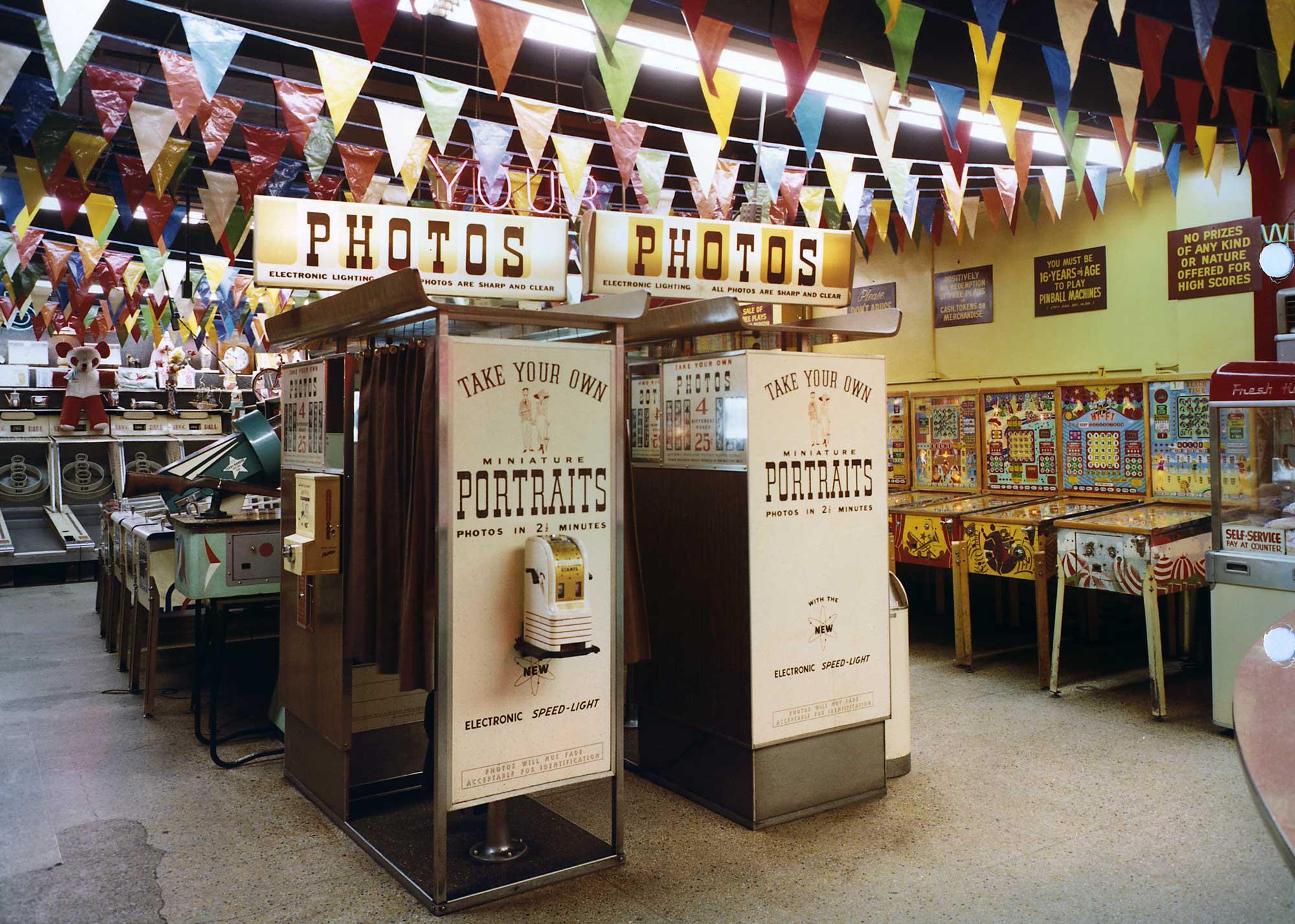 wonderland-arcade-3.jpg
