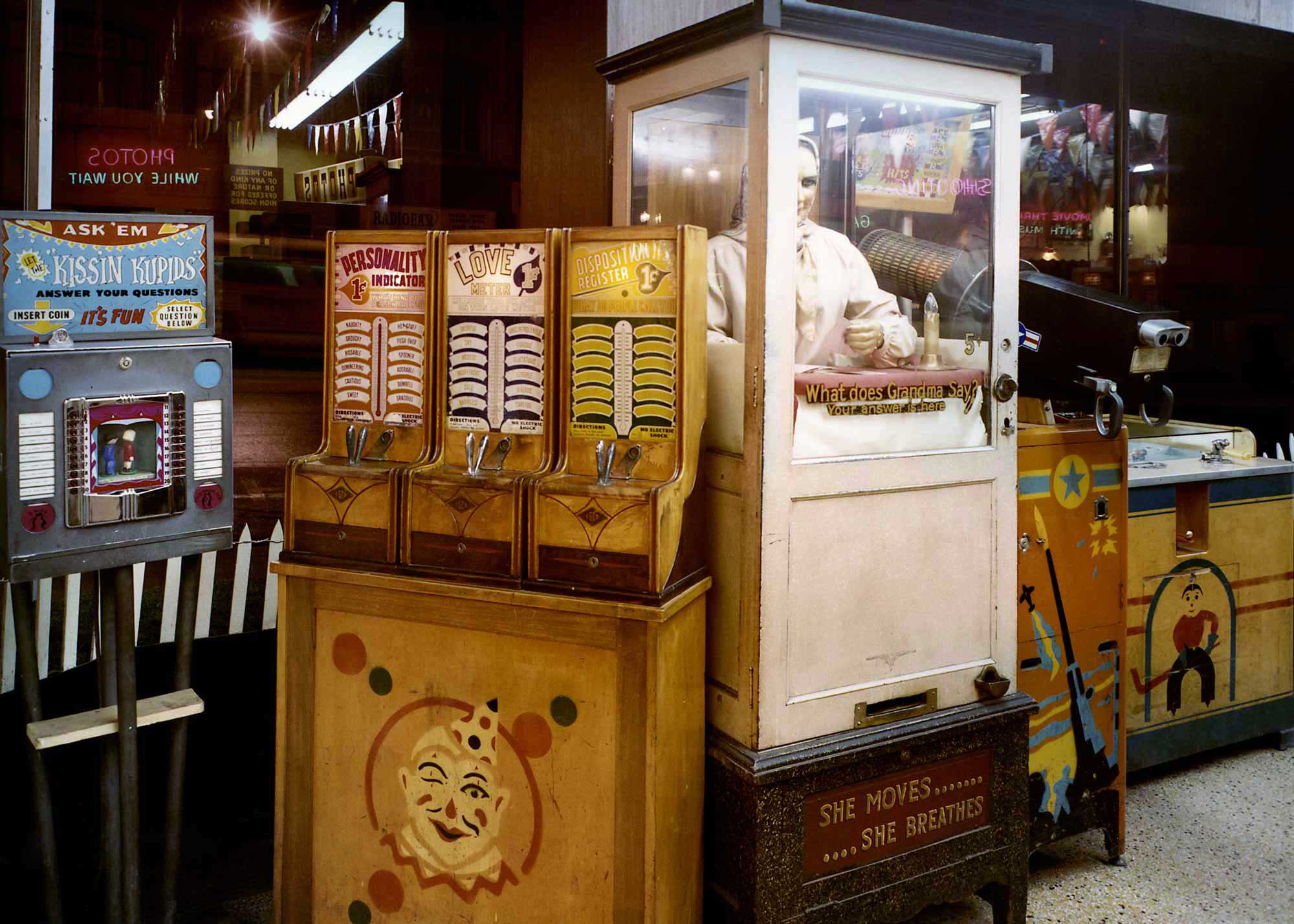 wonderland-arcade-10.jpg