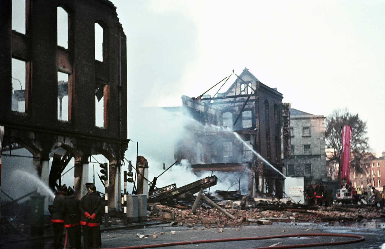 April 1970:  fire at Thomas McKenzie & Sons Ltd. on Pearse Street, Dublin