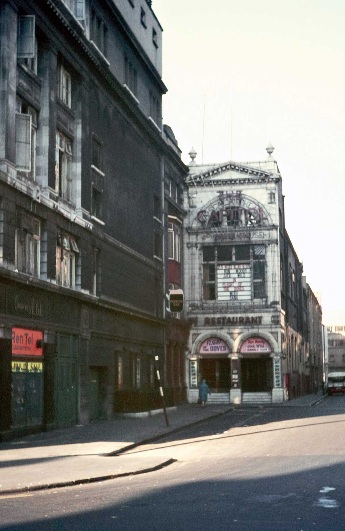 1971:  The Capitol Cinema and Theatre, Dublin