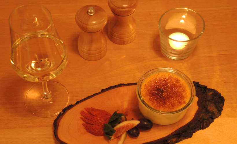 restaurant-landau-fuenf-baeuerlein-essen-creme-brulee.jpg