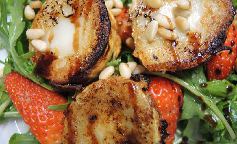 restaurant-landau-fuenf-baeuerlein-essen-ziegenkaese-salat.jpg