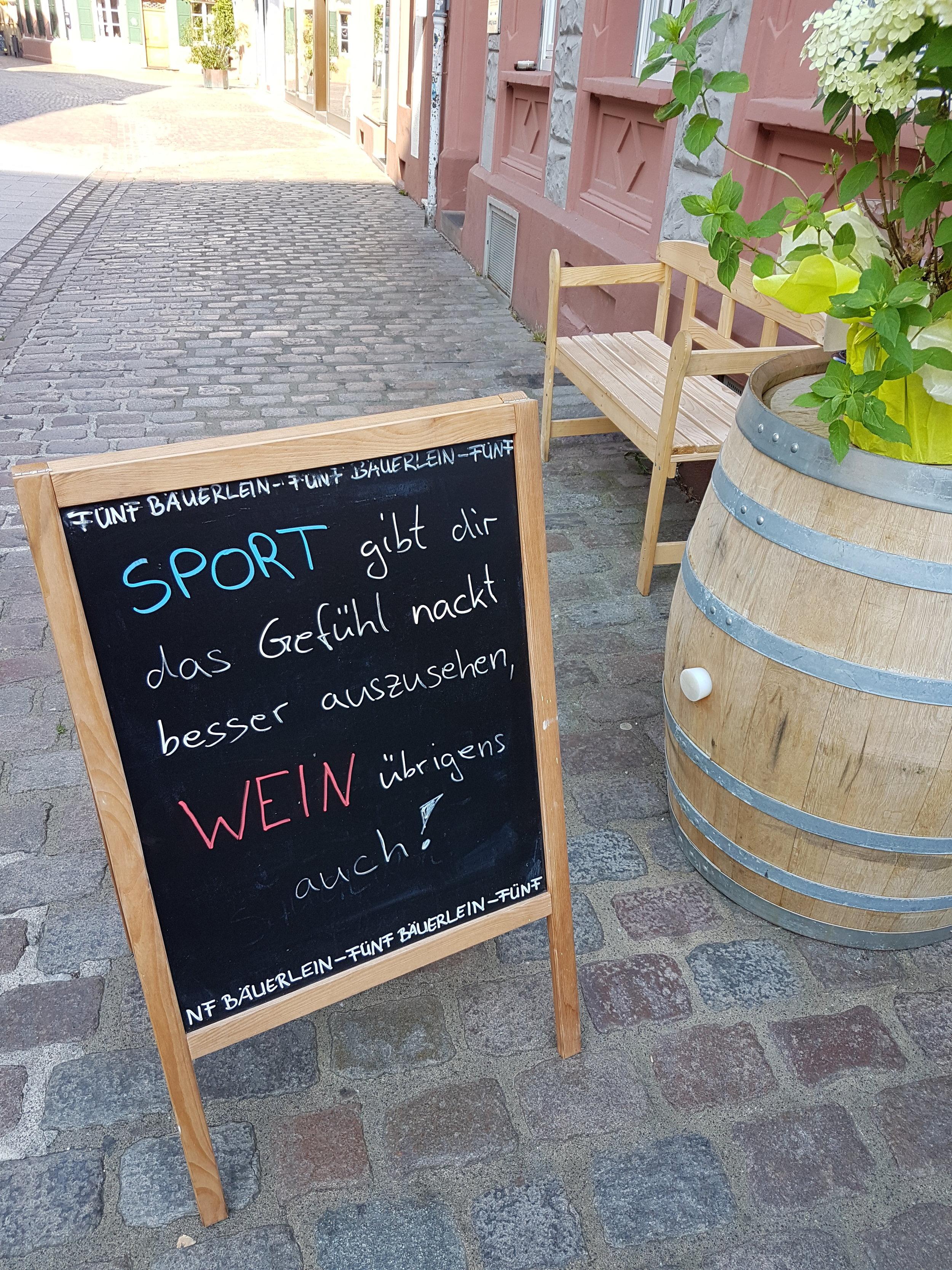 Fünf Bäuerlein -Weinsprüche