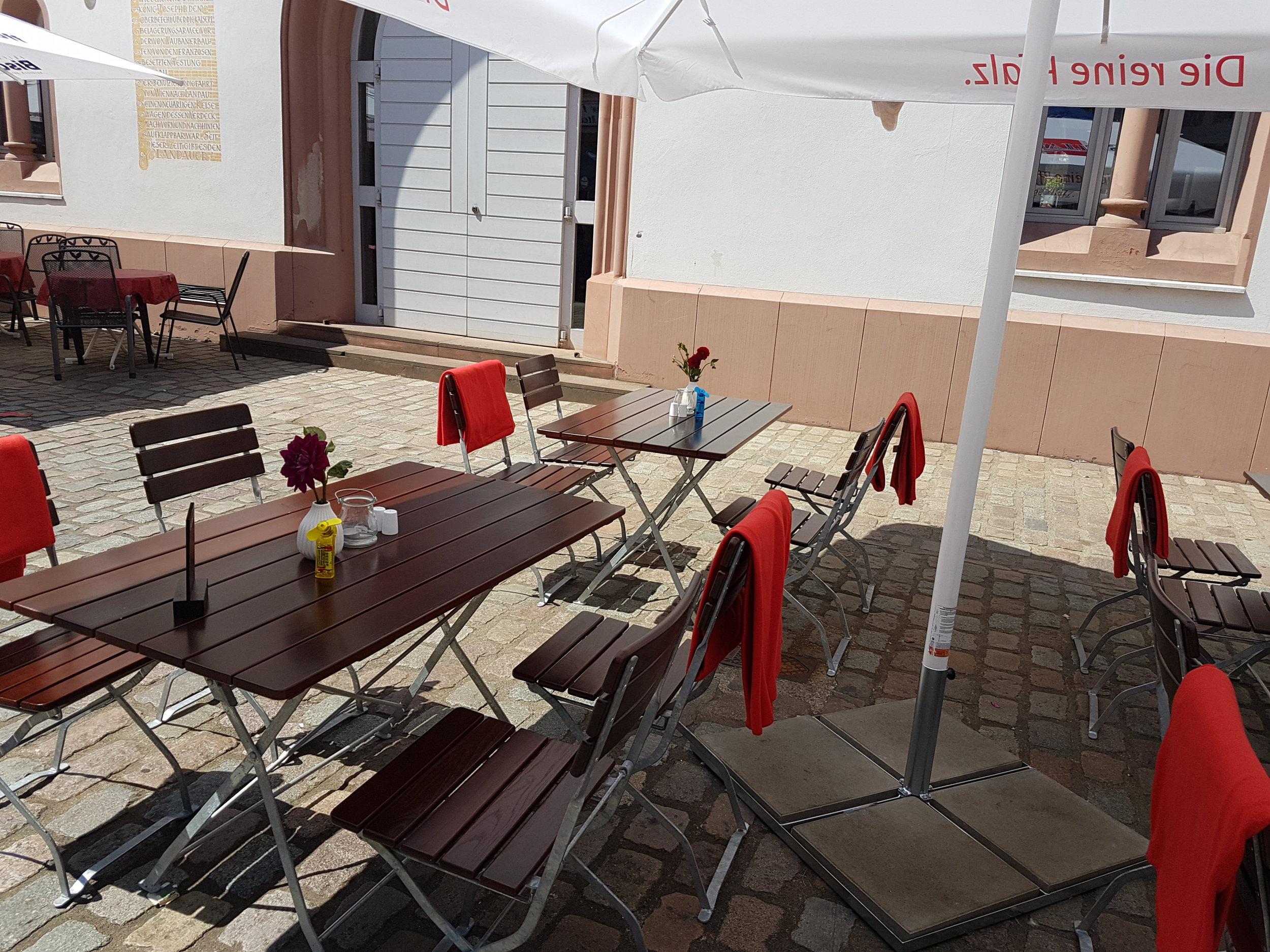 Terrasse  Fünf Bäuerlein