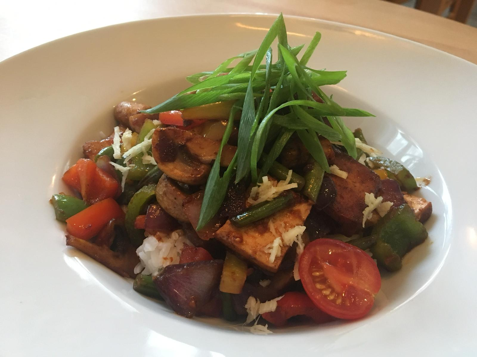 Tofu-Gemüsepfanne_Fünf Bäuerlein