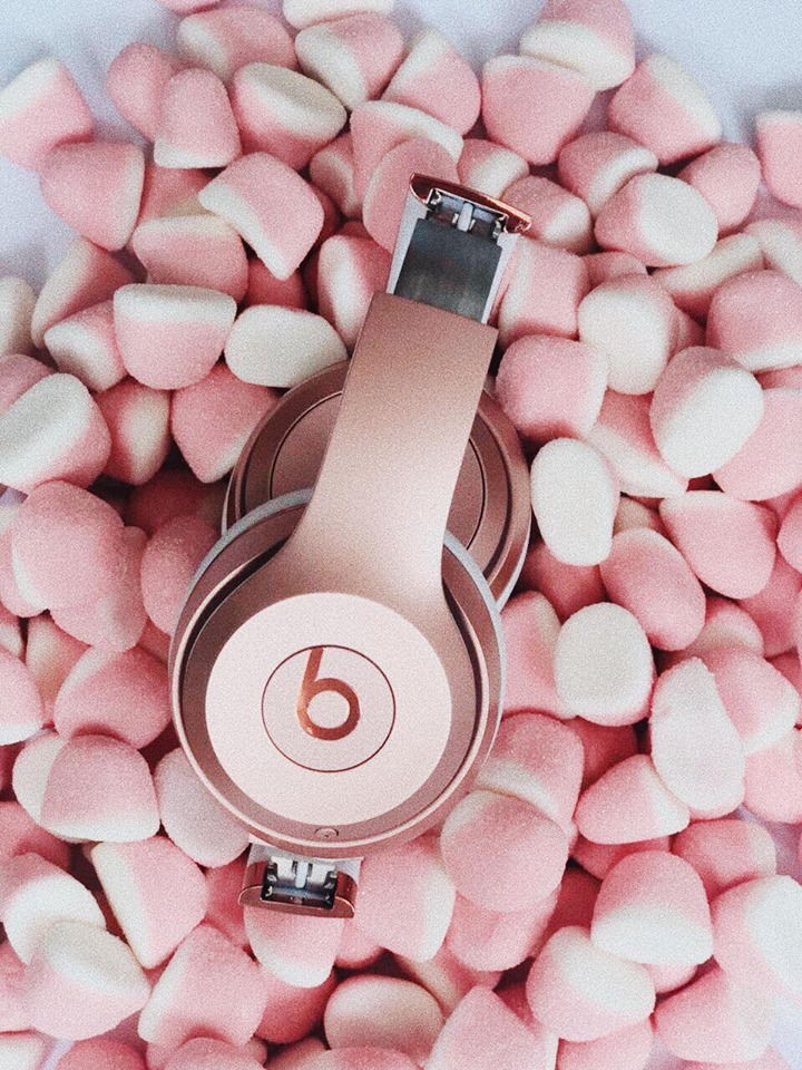 I GOT THE   BEATS BY DRE   FOR MY BIRTHDAY BY SOMEONE SPECIAL WHO KNOWS I CAN'T LIVE WITHOUT MUSIC. LET'S JUST SAY THIS: DR.DRE KNOWS WHAT HE'S DOING. MY ADVICE: HAVE AN EARLY BIRTHDAY AND GET THEM ASAP. -T