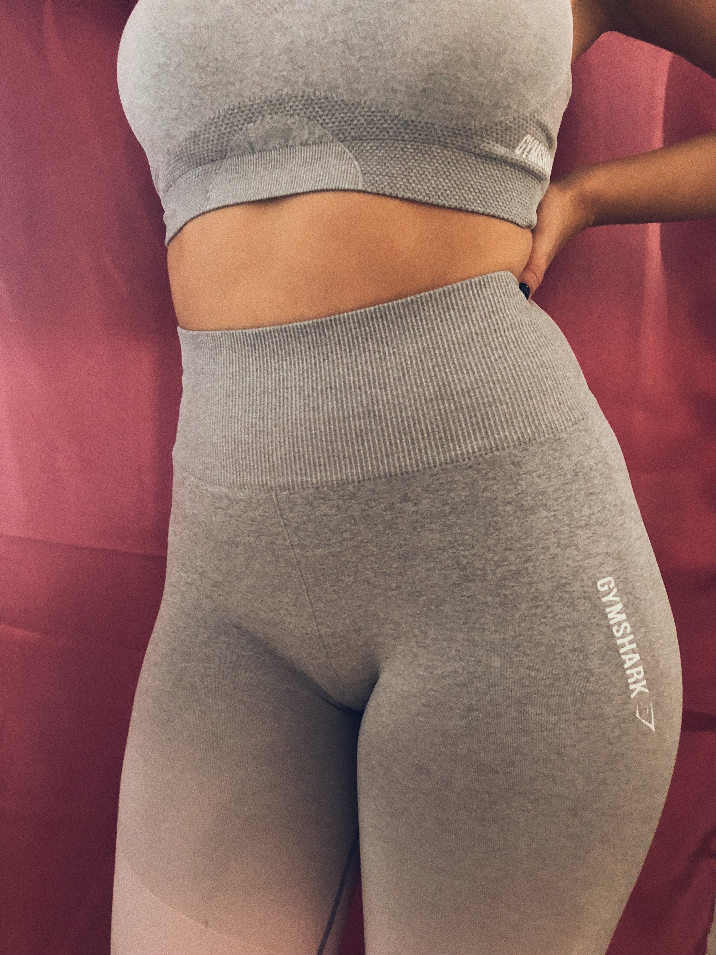 GYMSHARK IS SO WORTH THE HYPE! THE QUALITY IS AMAZING, IT'S STILL QUITE AFFORDABLE AND ALL THE PIECES ARE SUPER FLATTERING. THE   SEAMLESS OMBRE SET   IS MY FAVORITE. - J