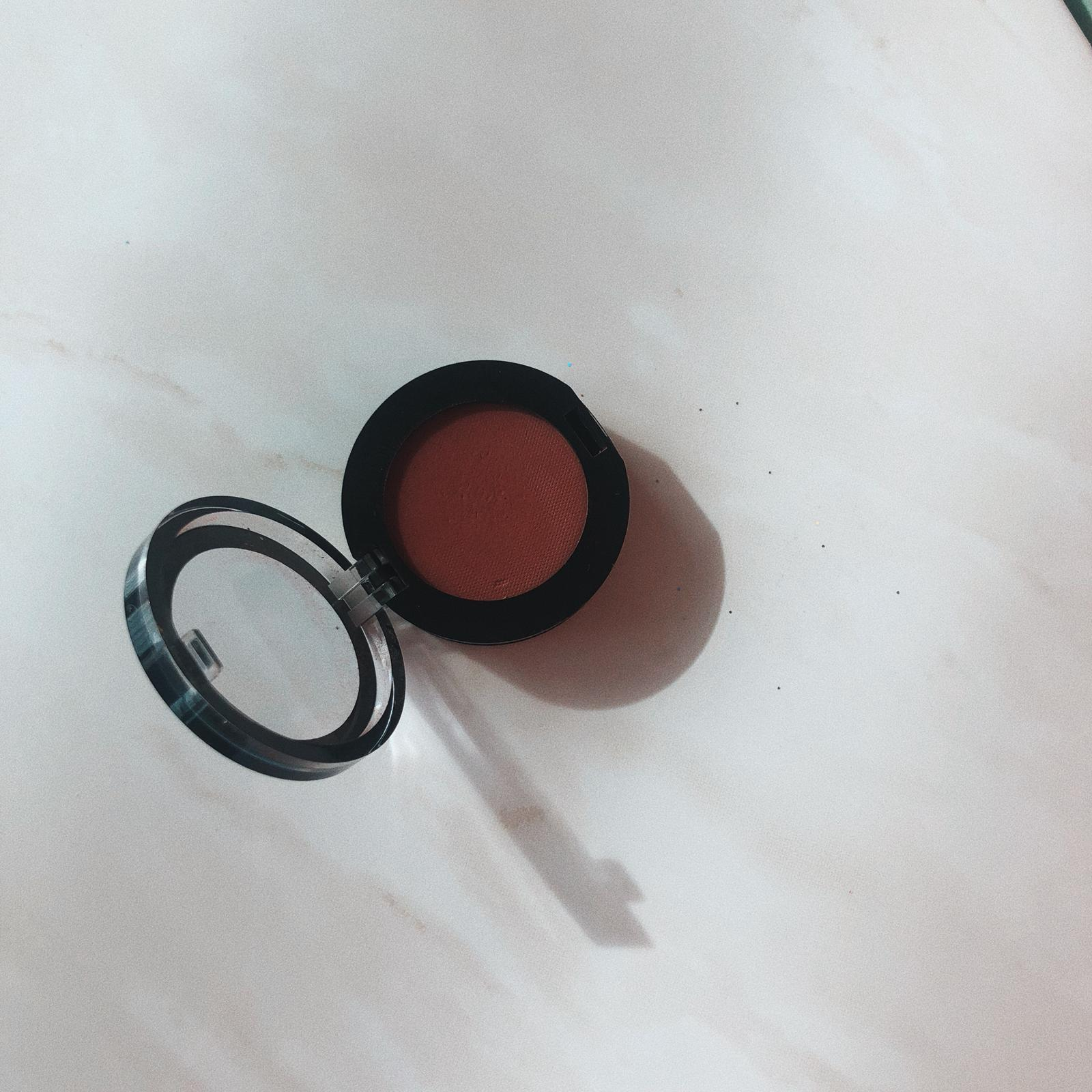 """I LIKE TO SHOP NEW EYESHADOWS EVEN THOUGH I THINK I HAVE ENOUGH. SO LAST TIME I WAS SHOPPING I PICKED UP THIS ONE: MEET """"MORNING SUNRISE"""" - THE     SEPHORA COLORFUL EYESHADOW   IS AMAZING TO APPLY AND LASTS!!! AND I LOVE THE SHADE SO MUCH. - T"""