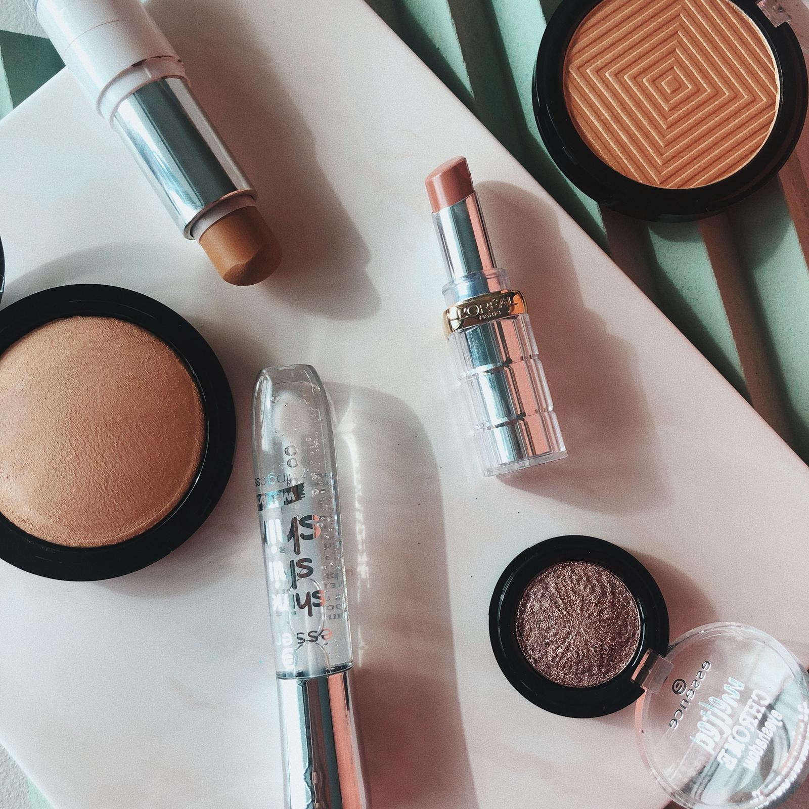 OUR CURRENT DRUGSTORE FINDS WE LOVE - …WE DIIIIG A GOOD BUDGET FIND - BECAUSE BEAUTY DOES NOT HAVE TO COME EXPENSIVE. HERE ARE OUR FAVORITES.