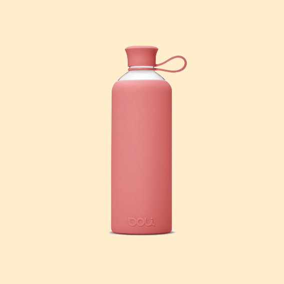 FOR THE SPORTS ENTUHSIAST MOM   THE   DOLI BOTTLE   MADE OUT OF GLASS IS FREE OF TOXINS AND FREE OF BPA - AND YOUR MOM'S NEW FAVORITE COMPANION FOR THE GYM, HER MORNING AND FOR BASICALLY EVERYTHING IN BETWEEN. IT'S SUSTAINABLE AND HAS A SWEET ASS DESIGN.
