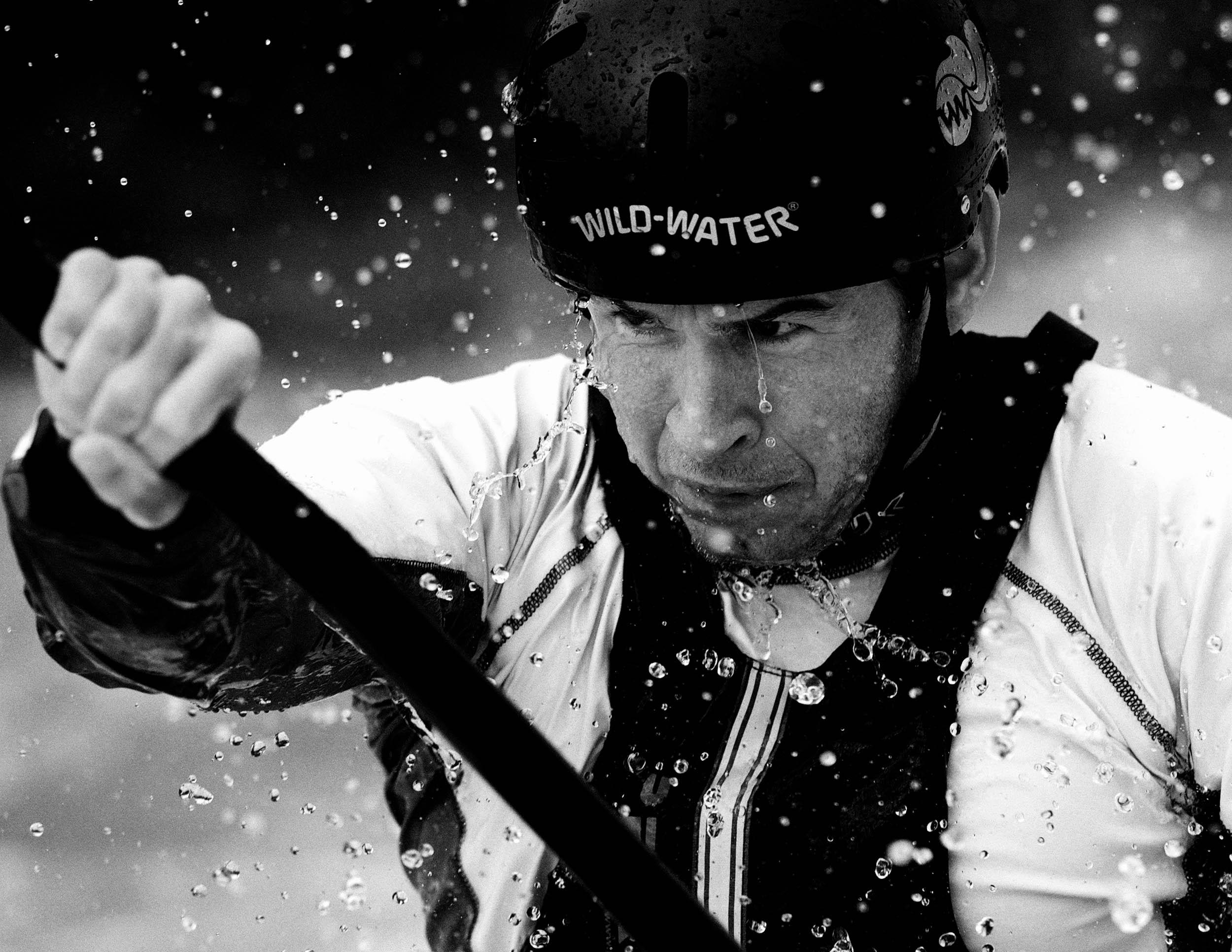 Eoin-Rheineish-Slalom-Canoe-Bolger-Photography.jpg