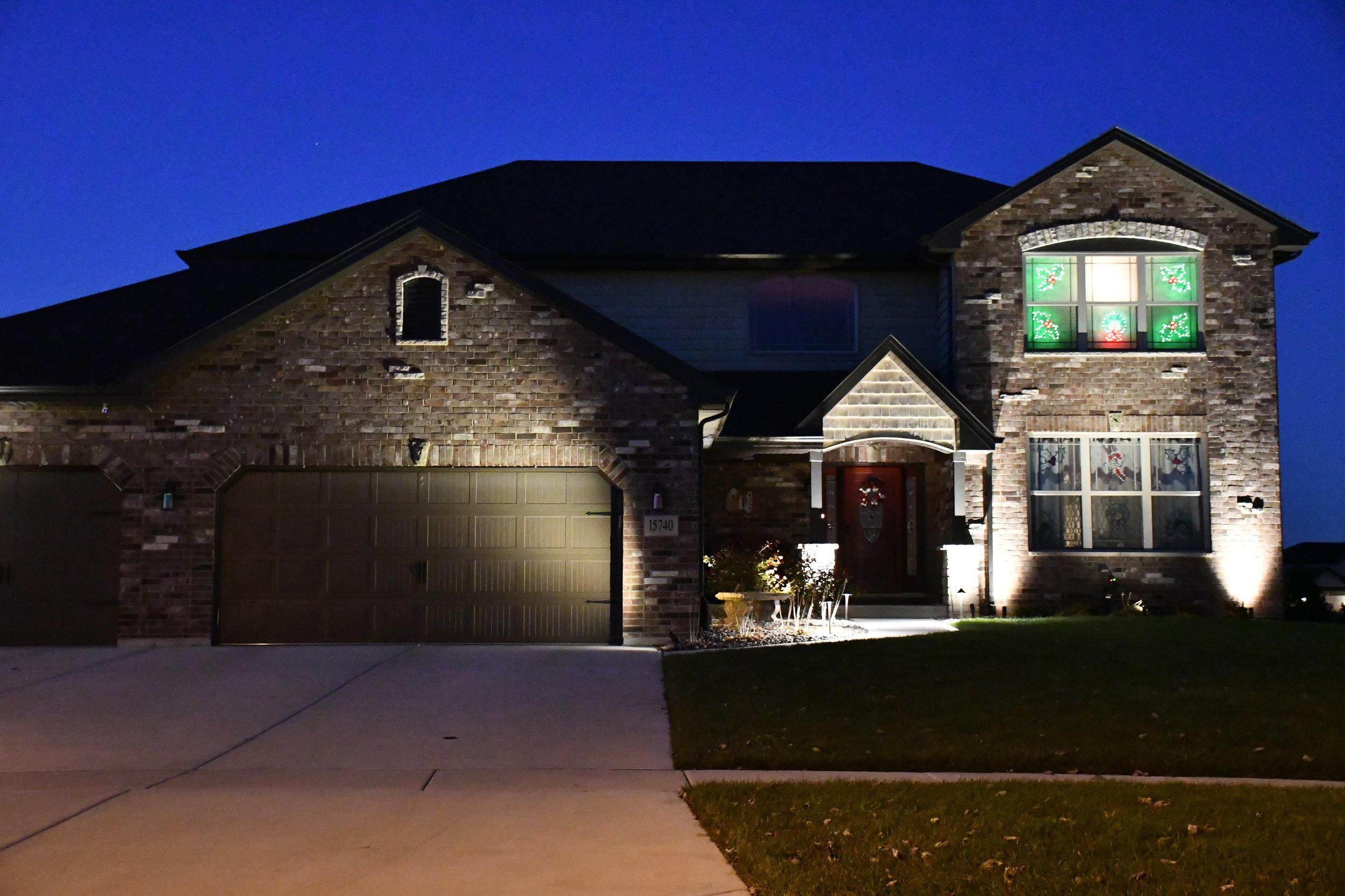 New Lenox Outdoor Landscape Lighting