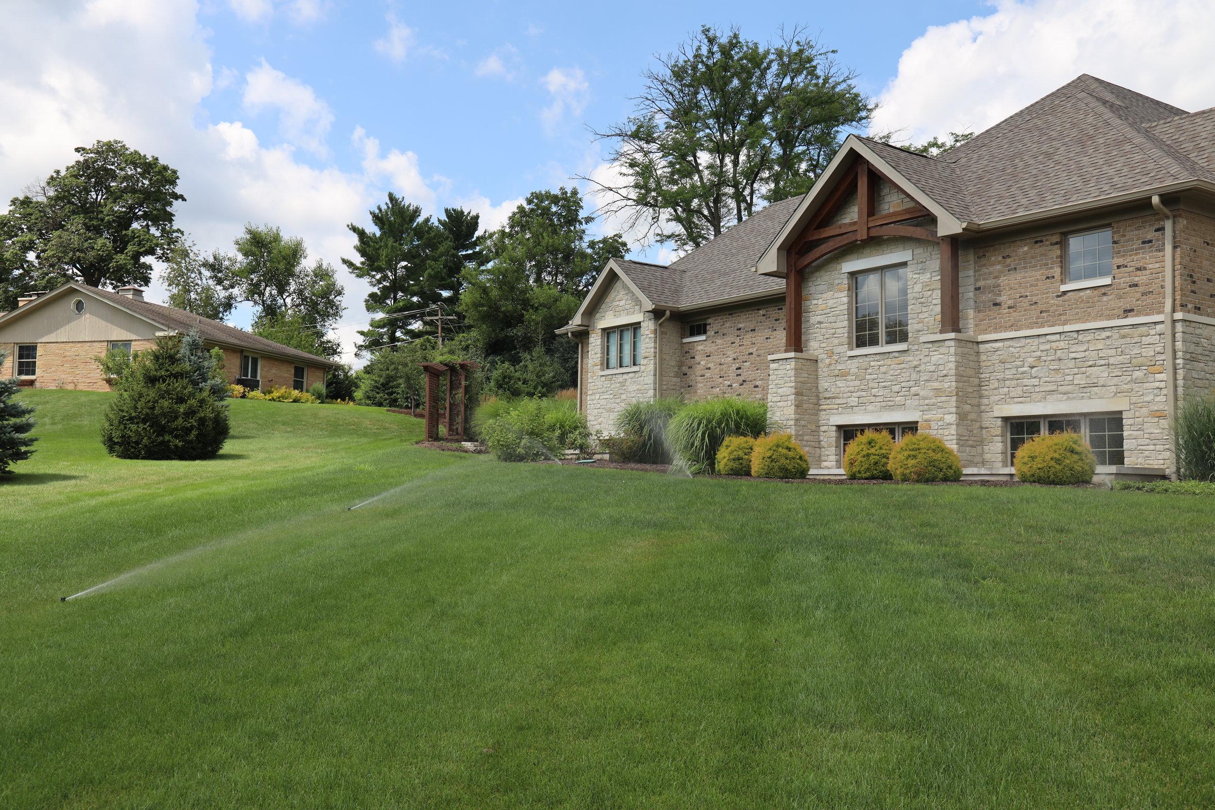Carefree Lawn Sprinklers Inc. - Glen Ellyn Sprinkler System