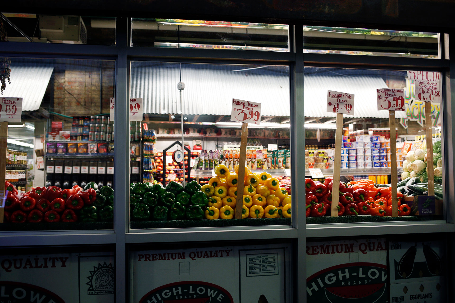 Chelsea-market-grocers.jpg