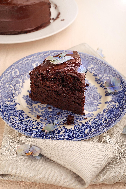 chocolate-beetroot-guinness-cake.jpg