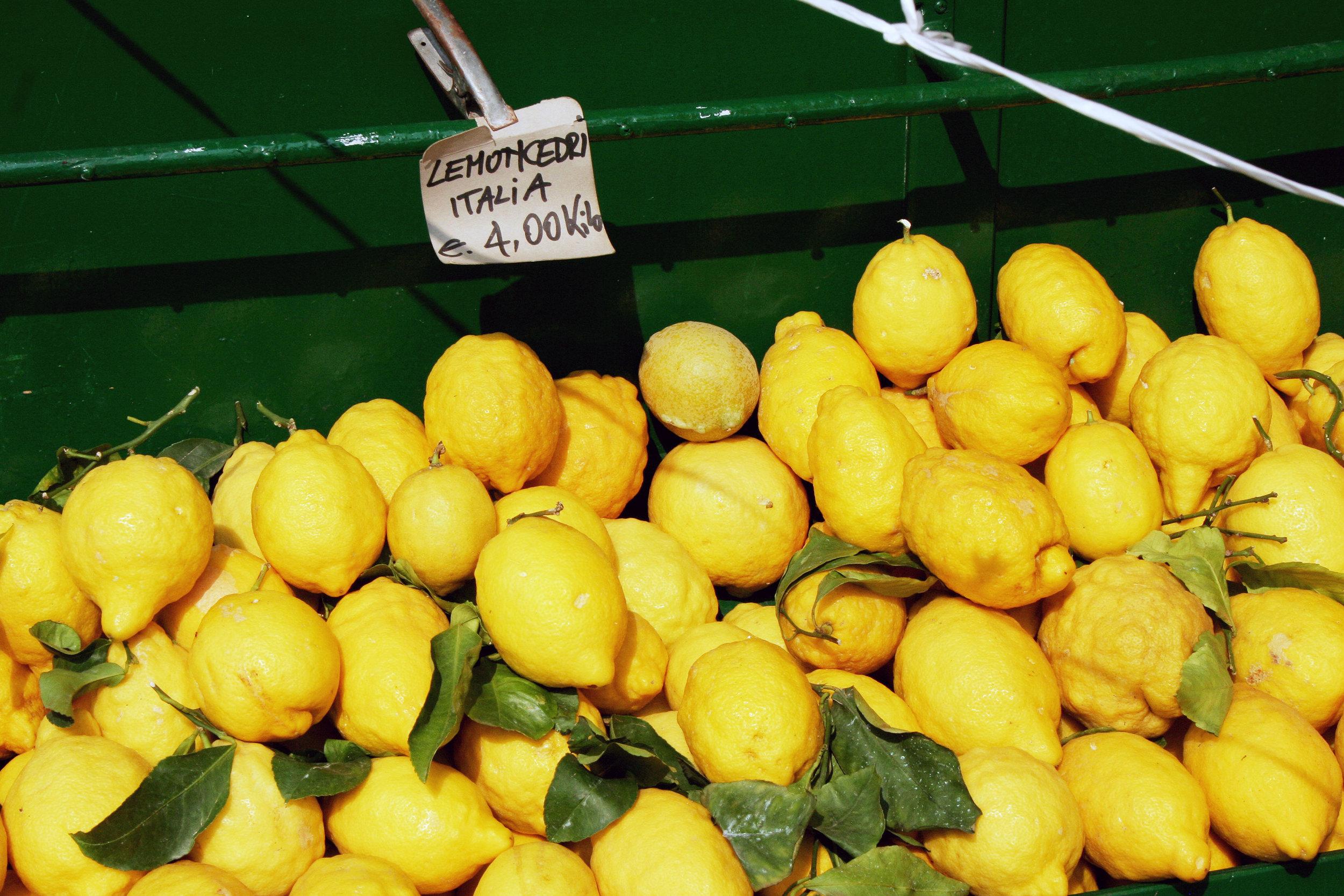 Lemons-in-Limone.jpg