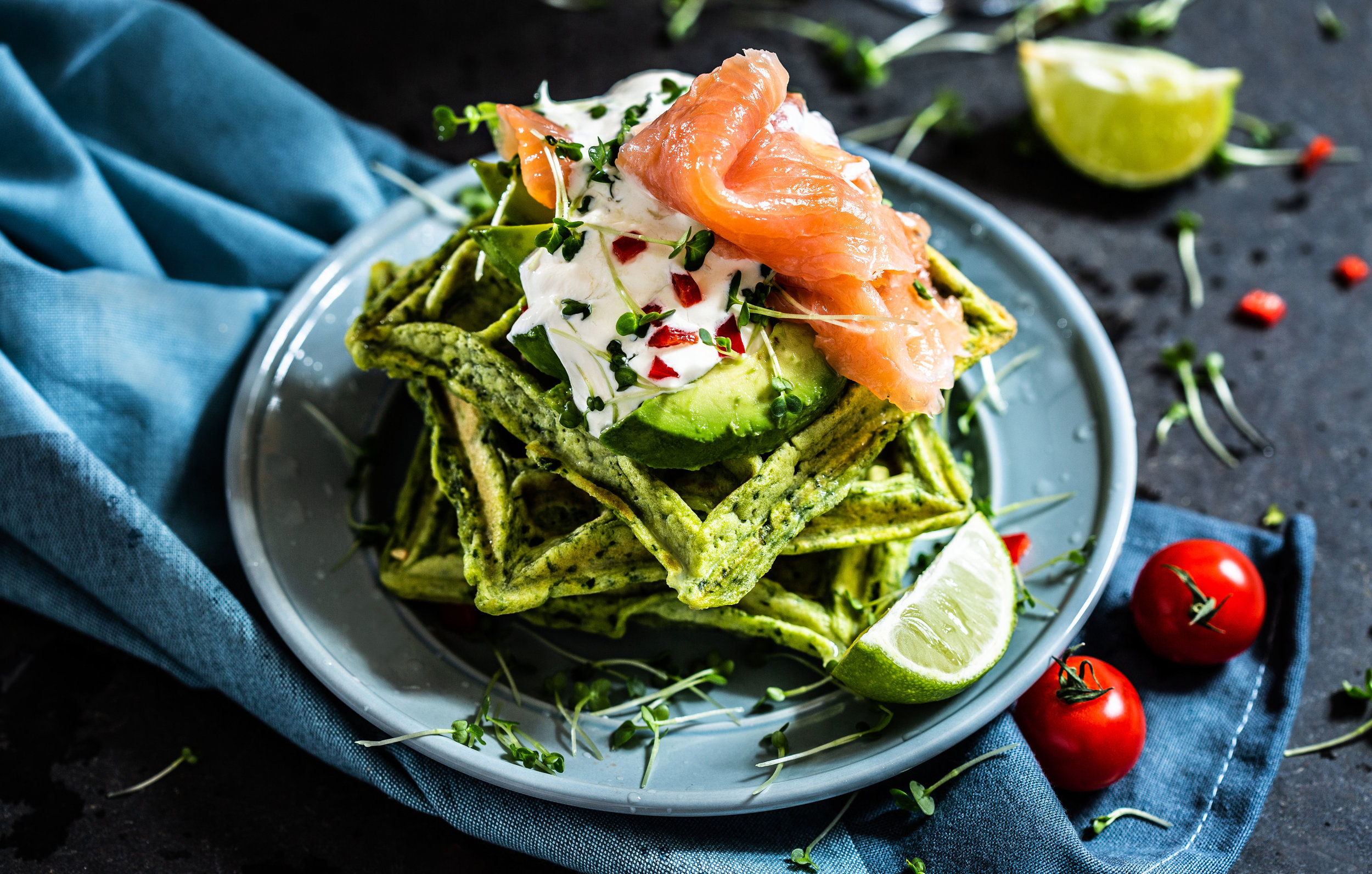 Spinach-waffles-with-smoked-salmon.jpg