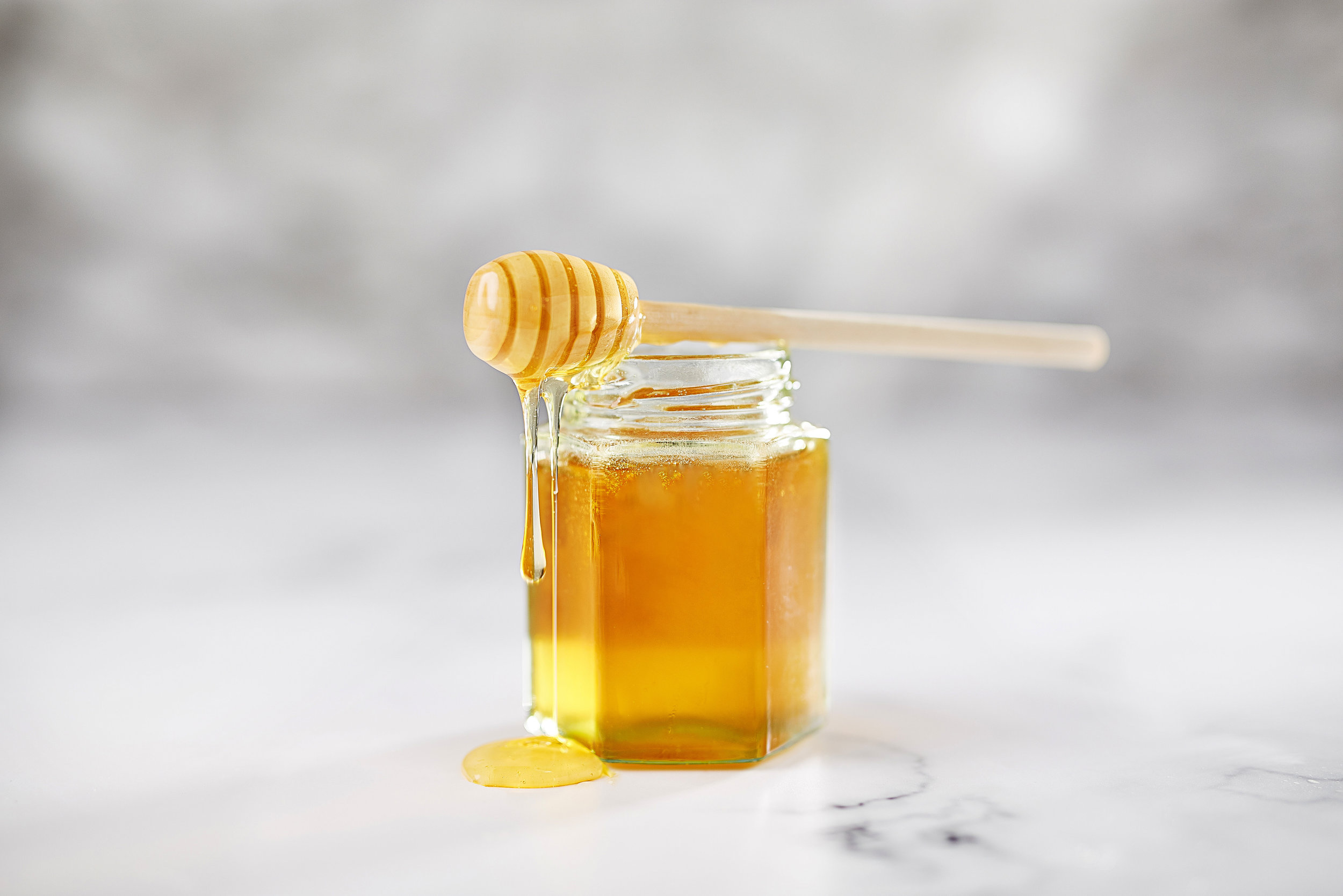 Honey-pot-drizzler.jpg