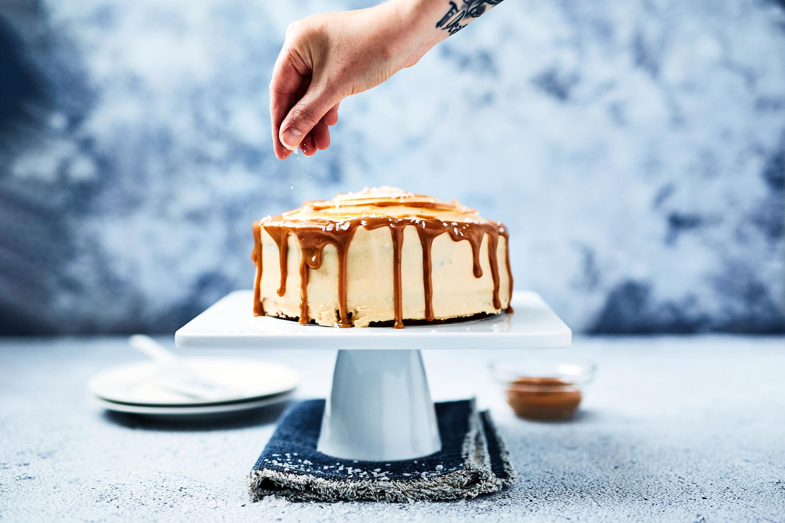 Salted caramel banana cake  005.jpg