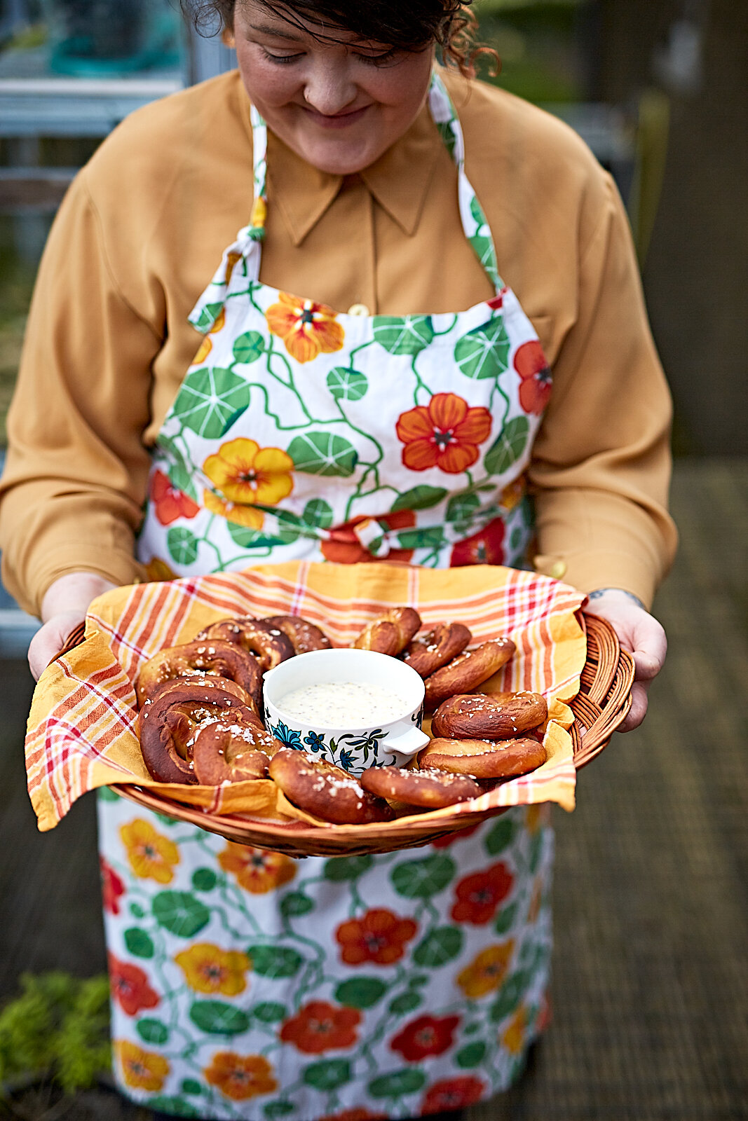 Clare and her amazing pretzels with mustard dip