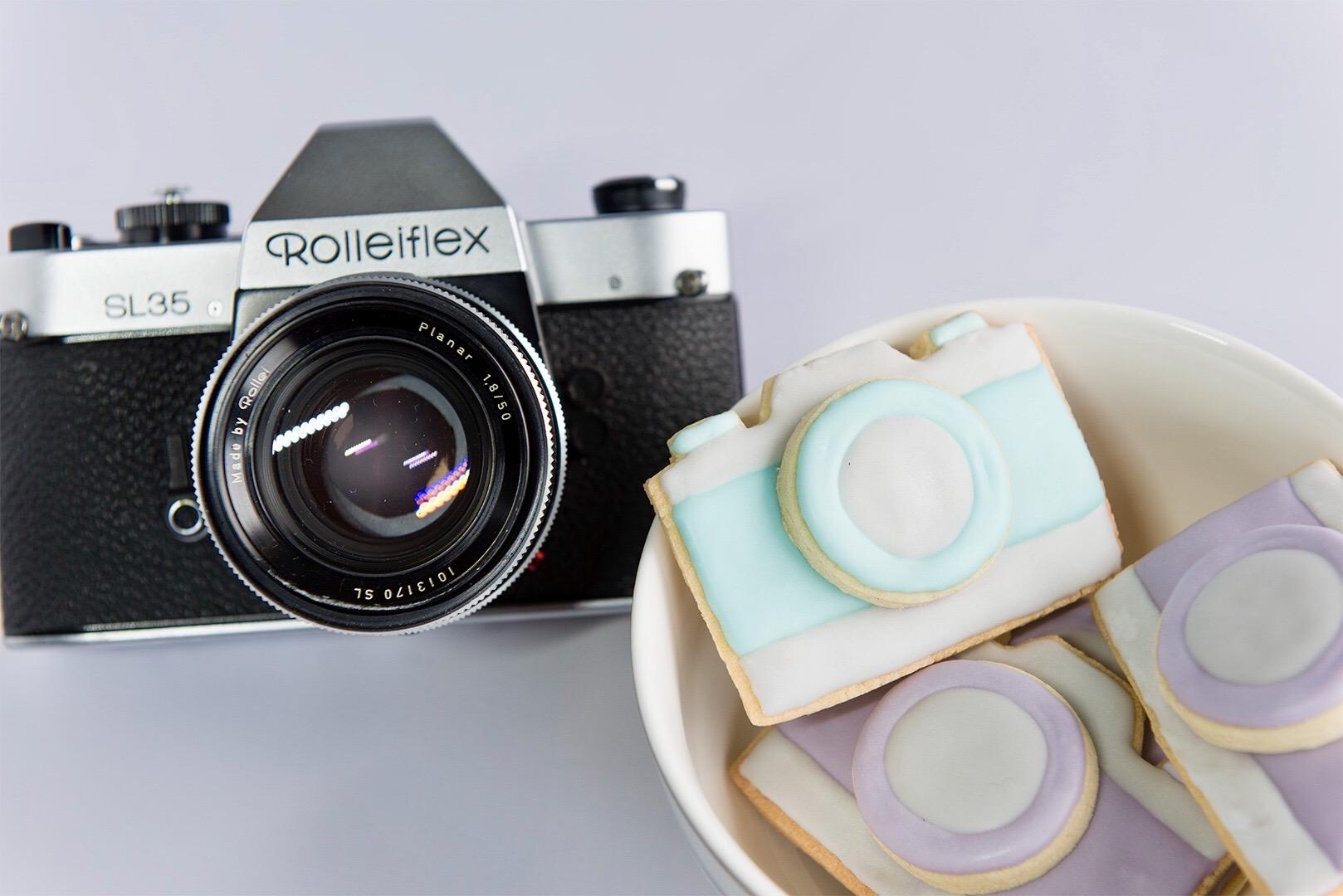 How To Make Cracking Retro Camera Cookies