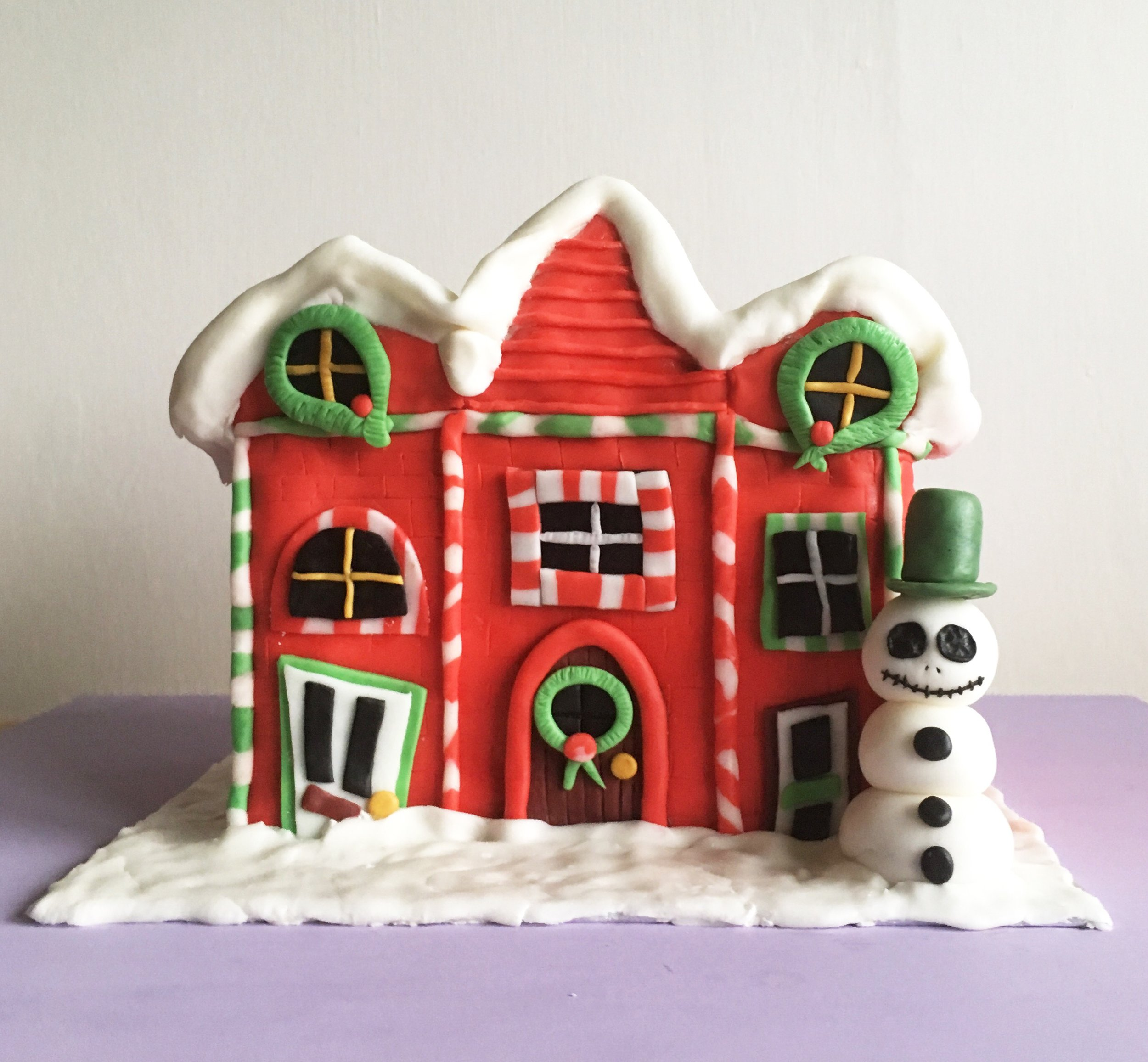 How To Make The Best Nightmare Before Christmas Town Cake