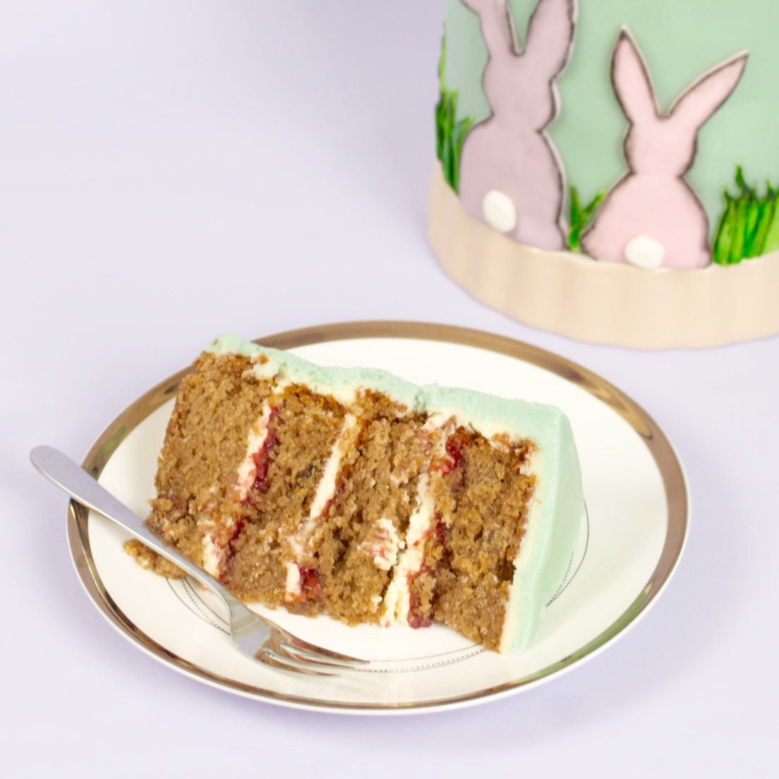 How To Make An Easy Easter Bunny Cake
