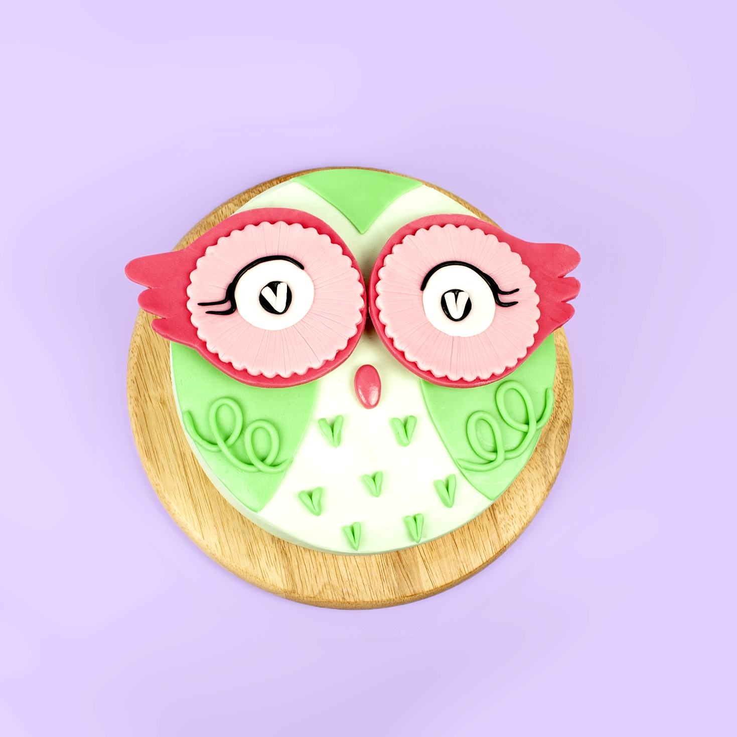 DIY Cute Green Owl Cake