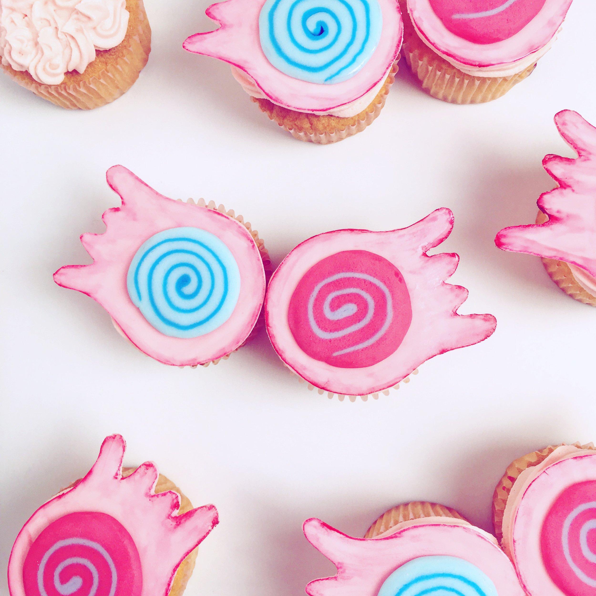 Super Simple Luna Lovegood Cupcakes (DIY Spectrespecs)