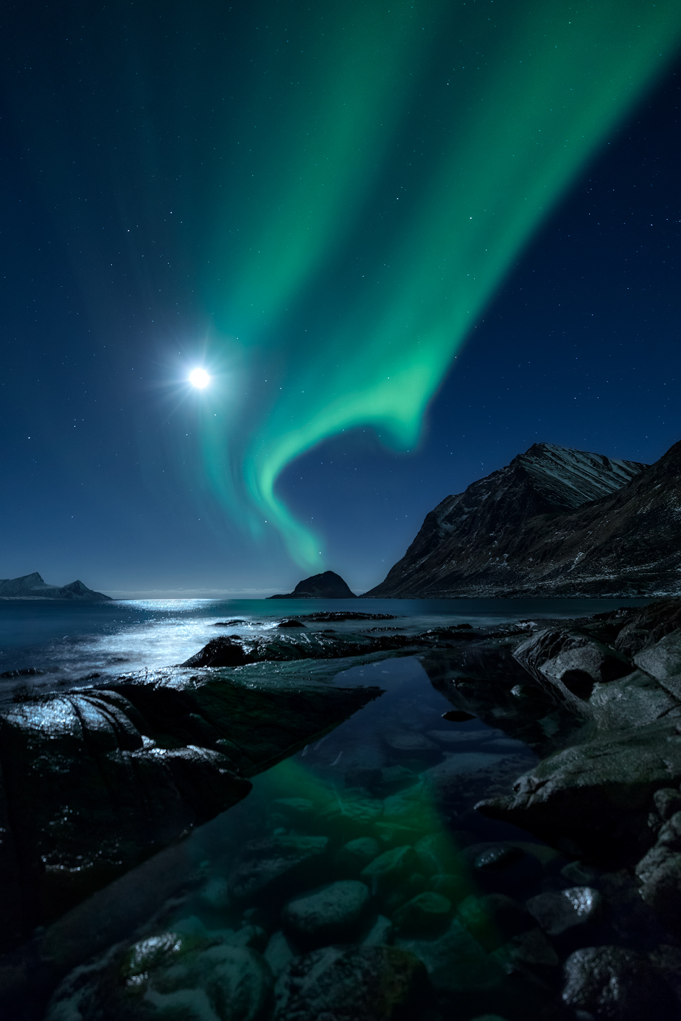 AuroraScape_FBed.jpg