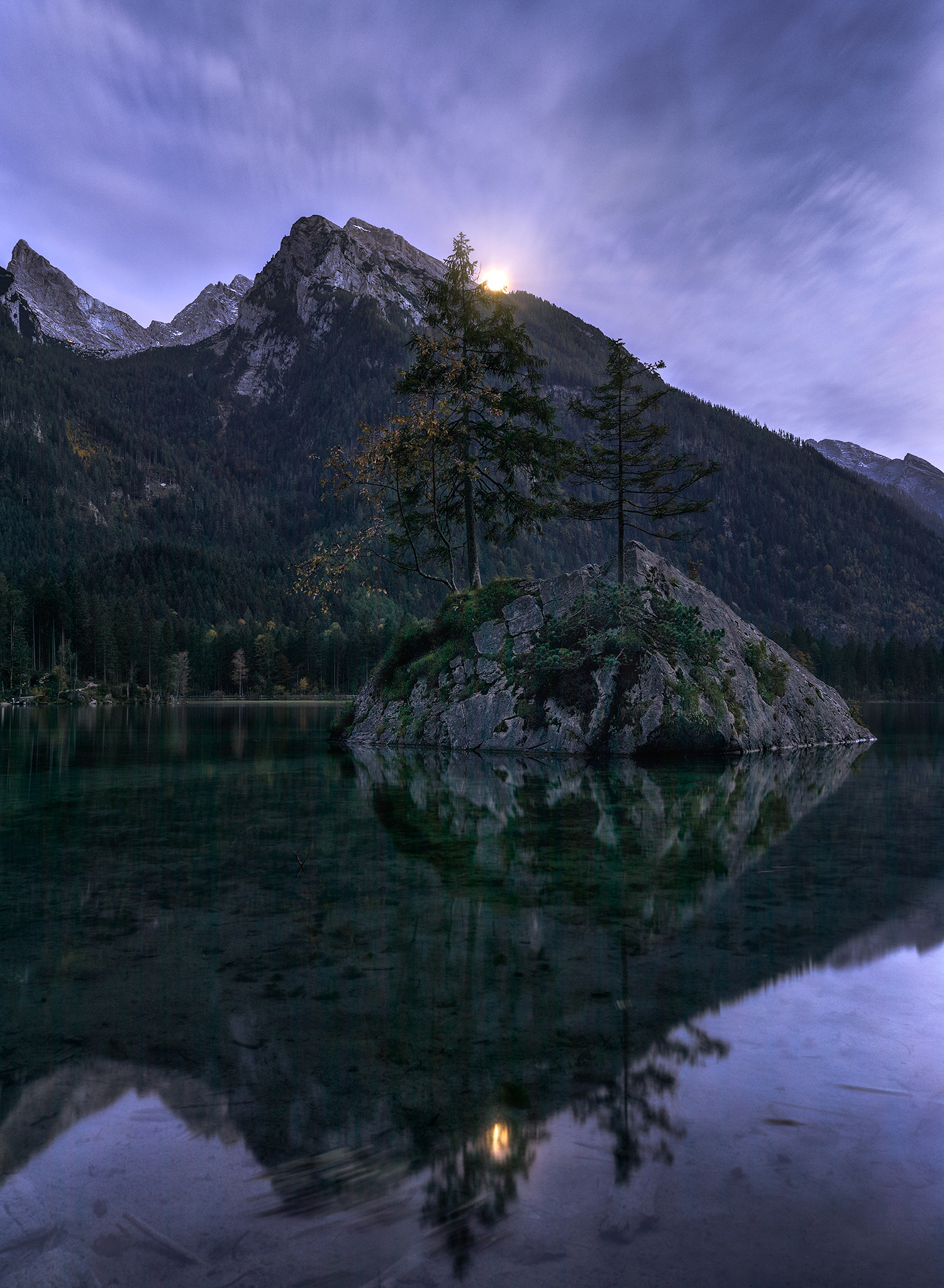 Moonrise_FBed.jpg