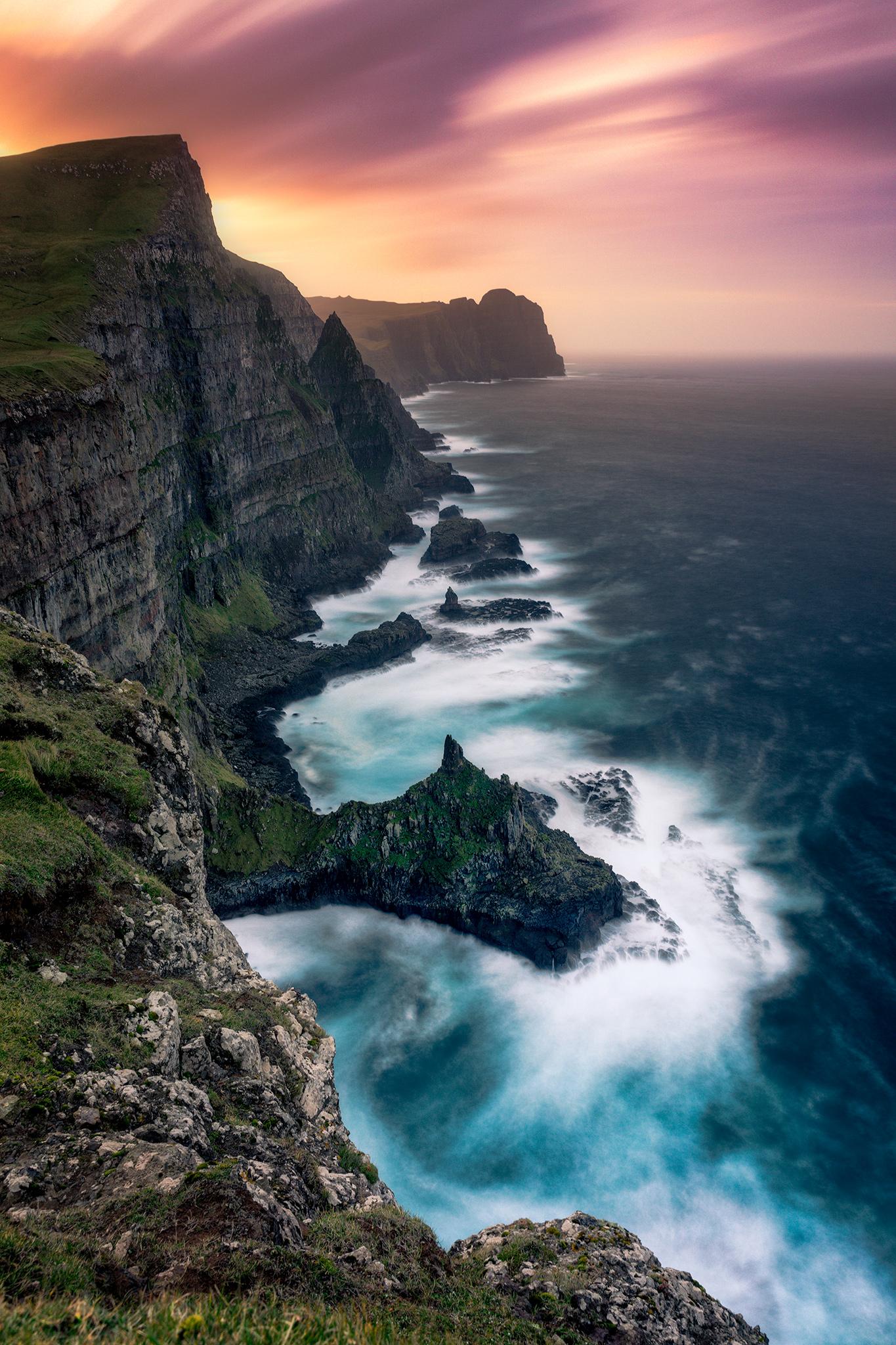 FaroeCoast_FBed.jpg