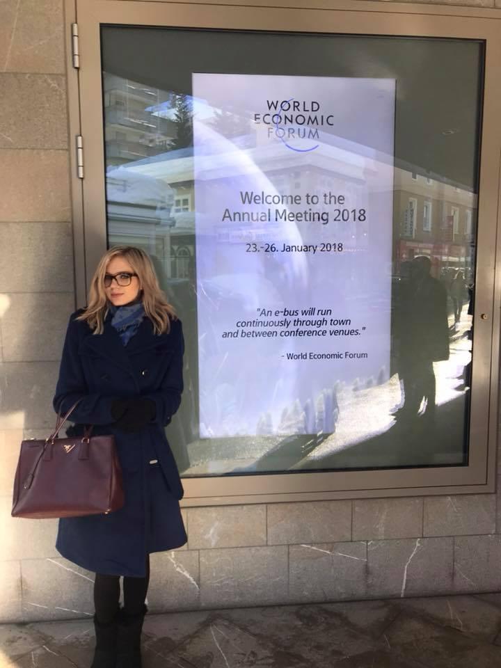 Laura Davose.jpg