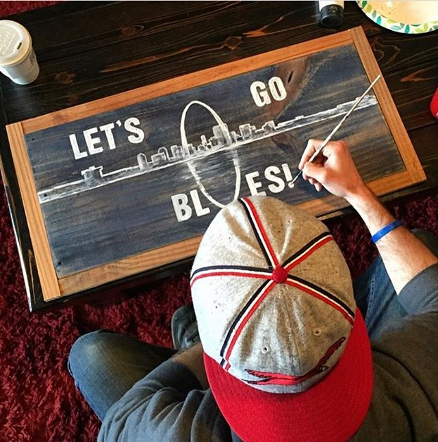 Who's ready for the Blues game today? 🙋🏻‍♂️ . . . . #stlouisblues #stlouis #nhlplayoffs #signpainter #LGB #artist #stlouisgram