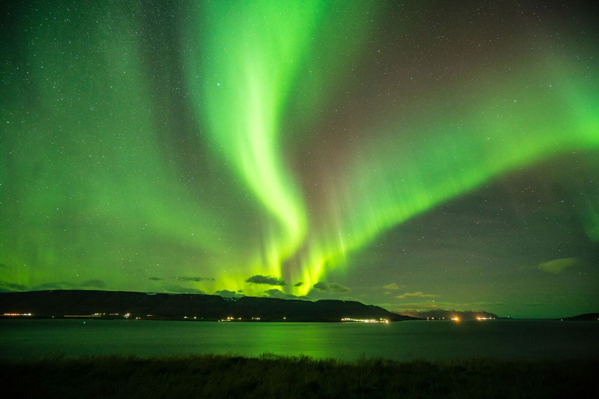 iceland-aurora-one-yoga-1.jpg