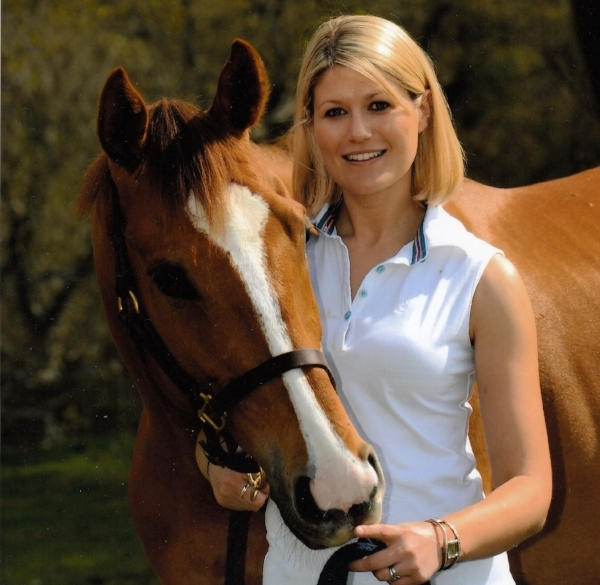 Horse magazine - 2007-2010After three years at H&H I was promoted to Deputy Editor of H&H's sister title, Horse. There I was able to write about a vast number of riding and horse care topics, and I was also in charge of the training section of the magazine - which meant I got to attend lessons with most of the country's top trainers. I wrote the feature interview of each issue, and in-depth profile pieces fast became my favourite thing to write. I also got to develop my management skills and I played a major part in choosing layouts and coverlines.