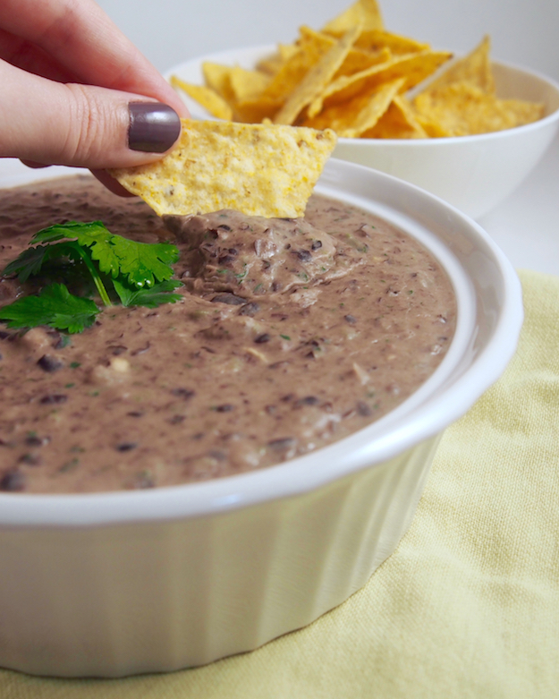 Registered Dietitian Nutritionist recipe for black bean goat cheese dip