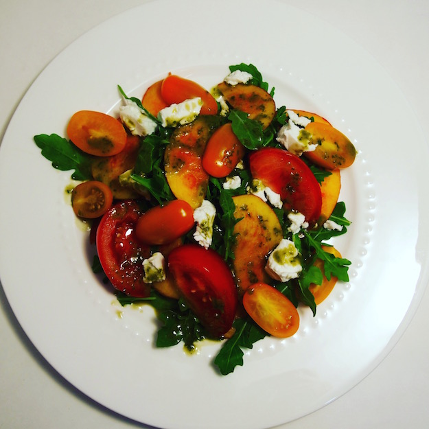 Registered Dietitian Nutritionist recipe for summer nectarine salad