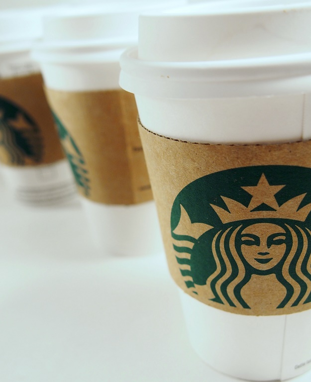 Dietitian-approved five tips to eat healthy at Starbucks