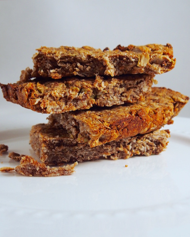 Dietitian Nutritionist-Approved Recipe For Peanut Butter Oat Bars