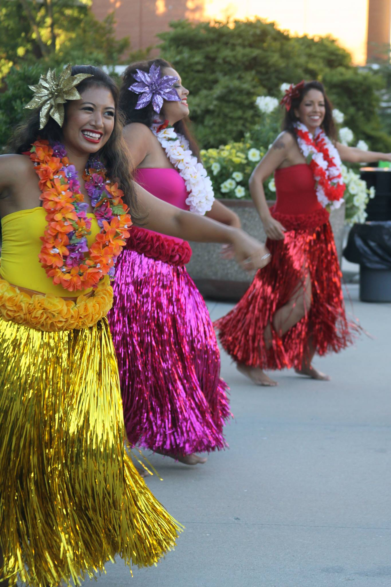 Hollywood/ Hapa-Haole Hula Performance at the University of Wisconsin, Milwaukee