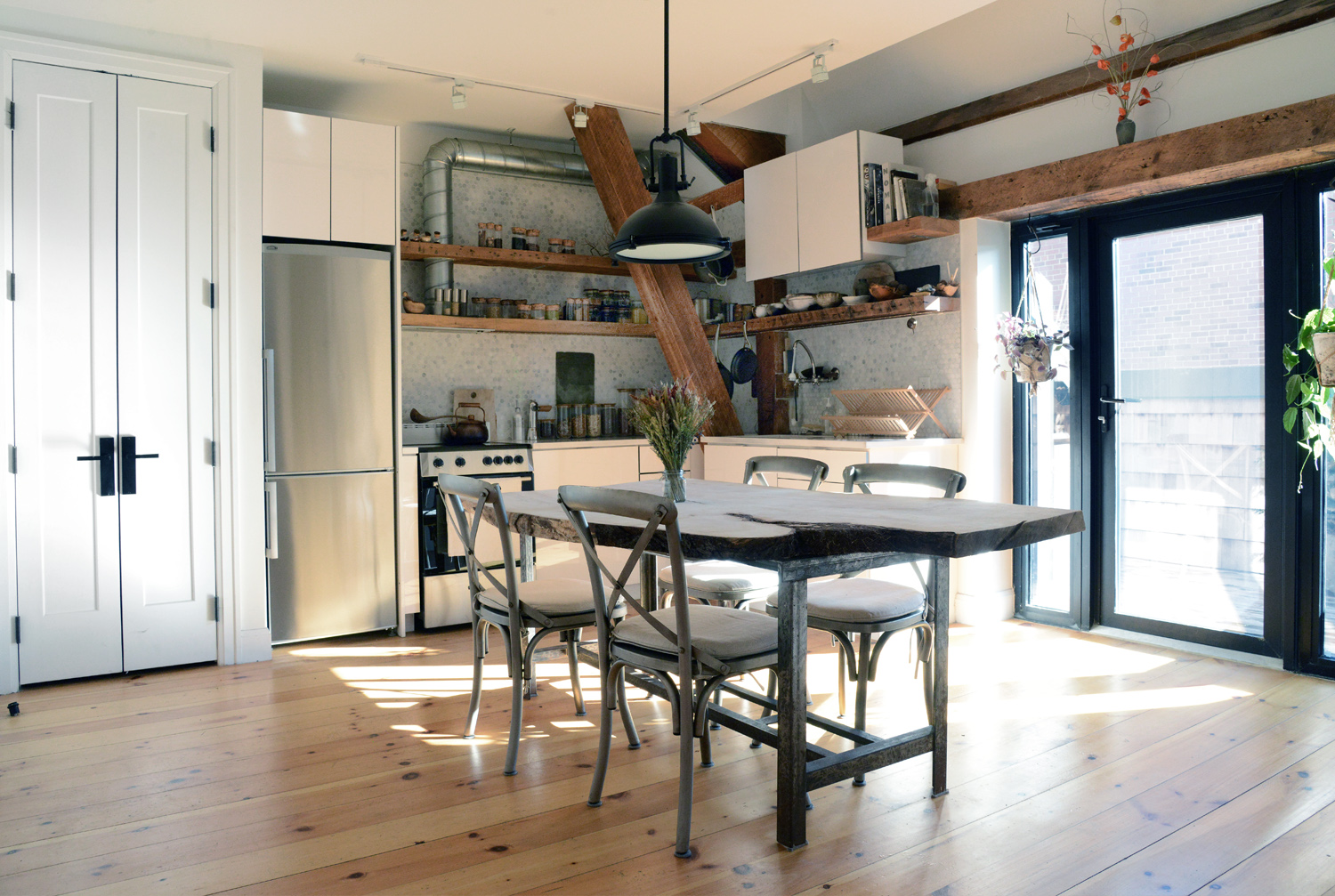 an apartment sanctuary offers complete visual, audible, and energetic isolation in the center of the city