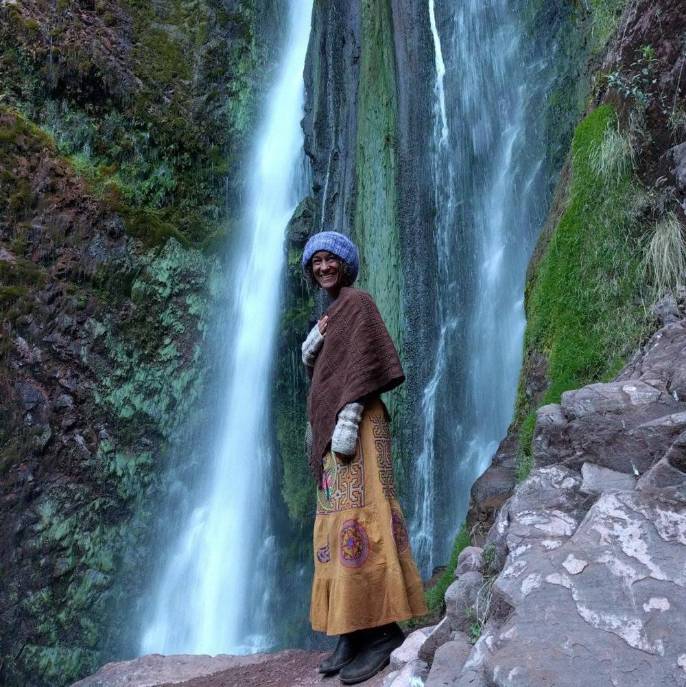 kula-collective-yoga-teacher-training-peru-waterfall-200-hr.jpg