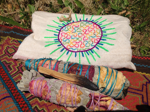 smudging-ritual-transition-travel.