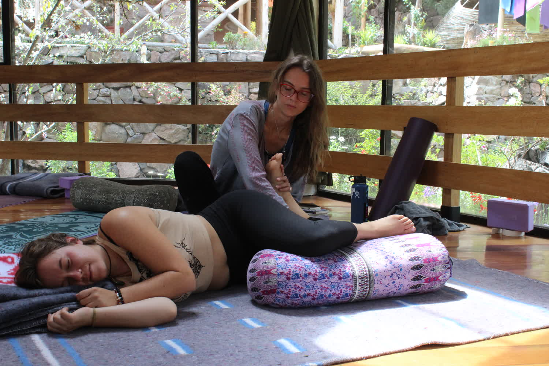 thai-massage-continuing-education-yoga-course.7.JPG
