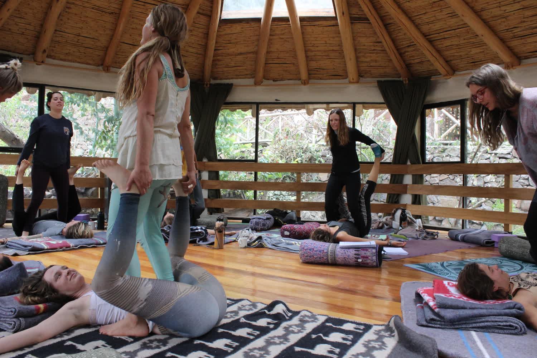 thai-massage-continuing-education-yoga-course.10.JPG