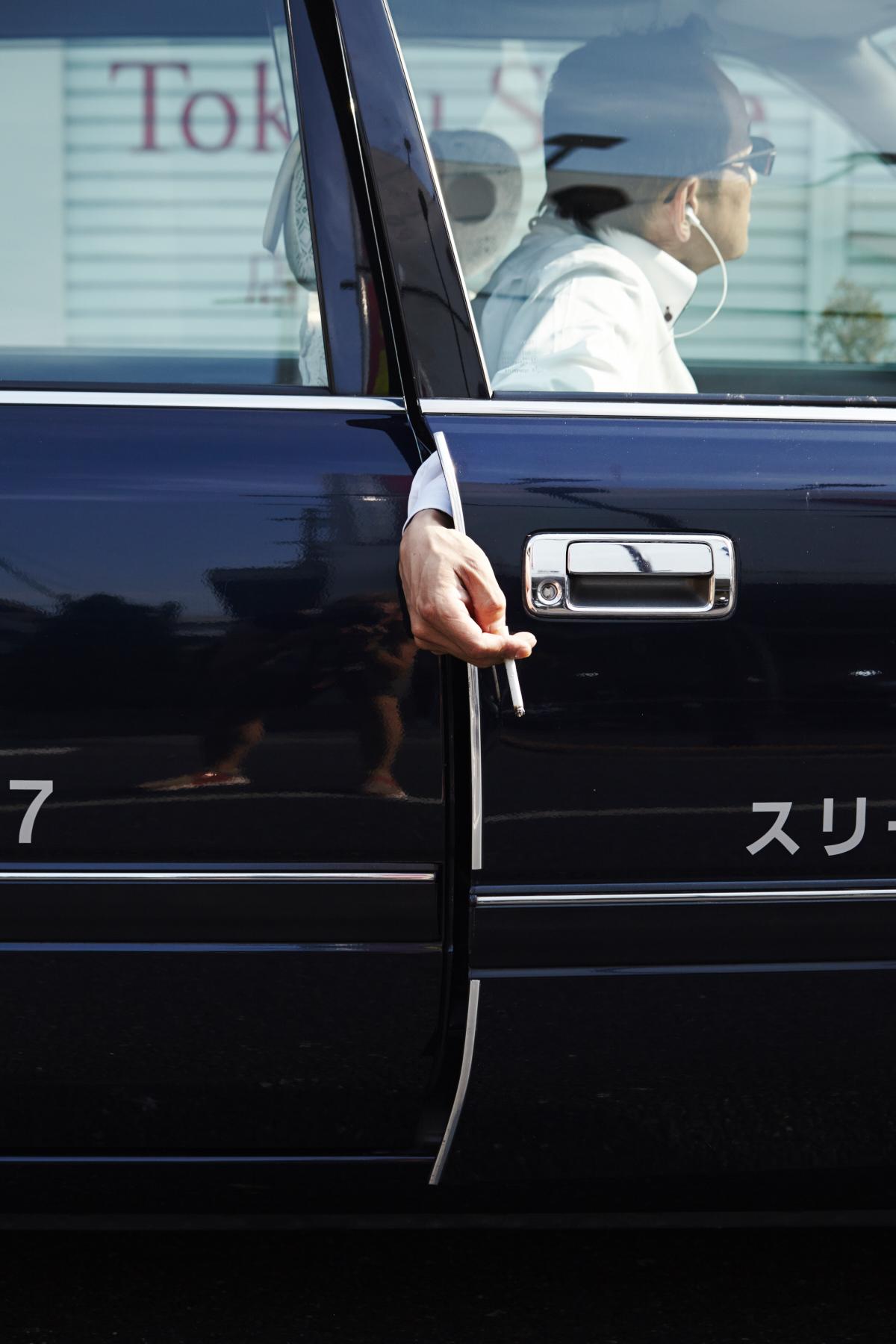 Unit_Jochem_van_Grunsven_Japan_Honne_Tatemae_16_2197.jpg