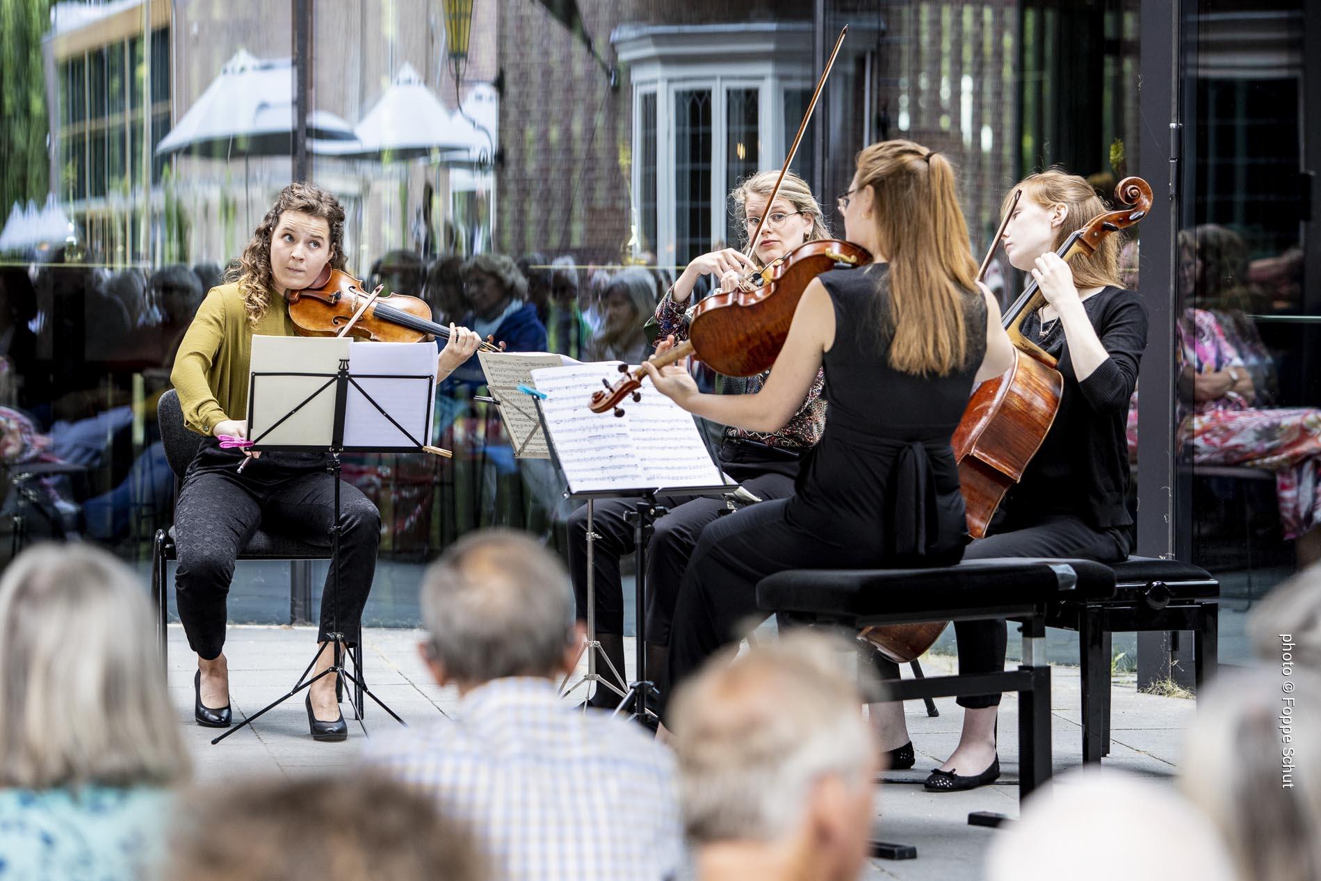 Helikon Quartet ©Foppe Schut . lowres . _OPP9416.jpg