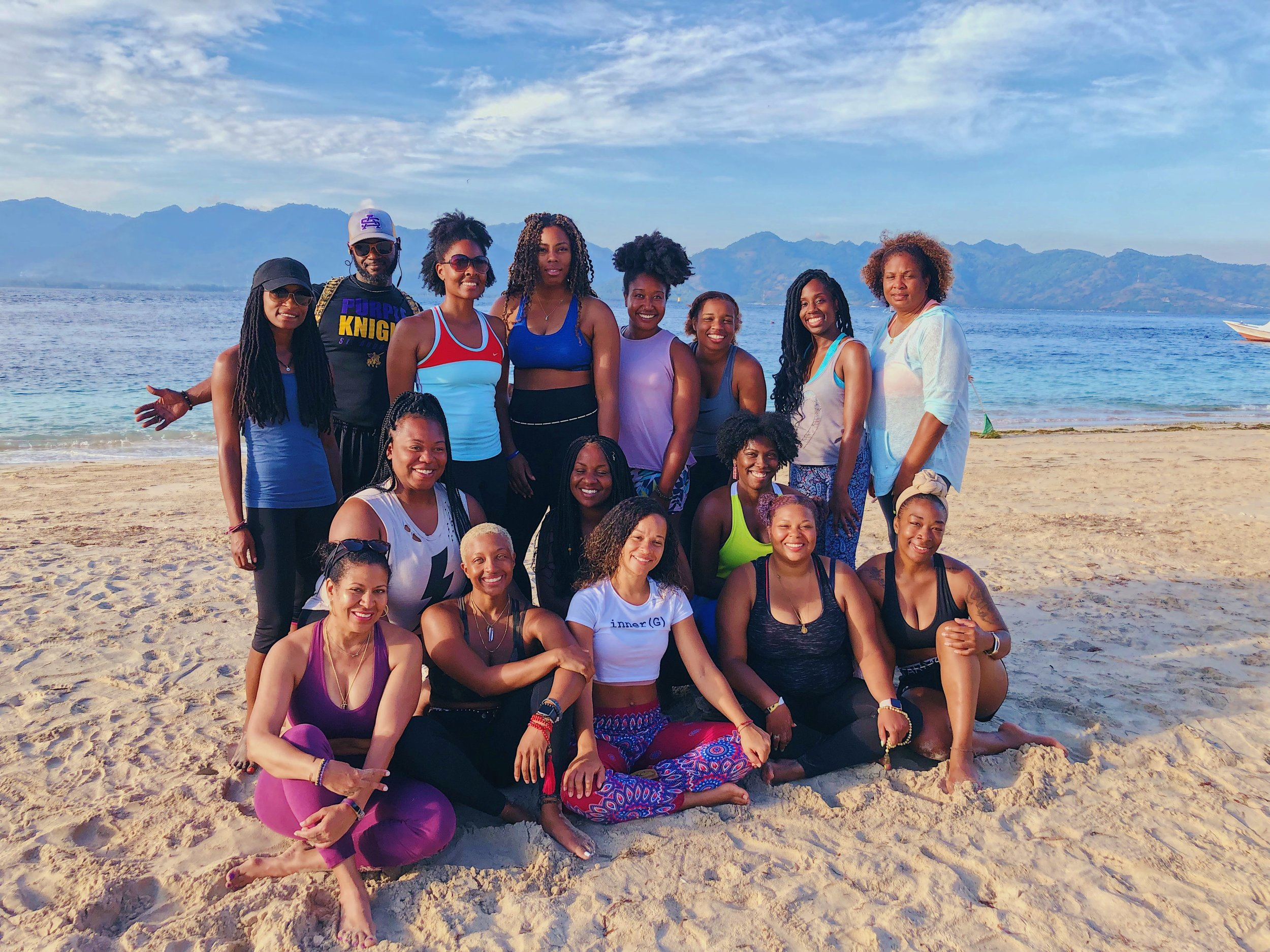 From left to right: Front Row - Dee Dee, Mel no B, MEEE, Sanaa, C, Britt, Kleo, Niah. Back row - April, Chief Che, Bran Bran, Selena, Jé, Sadé, Chanel, Shea Buttah